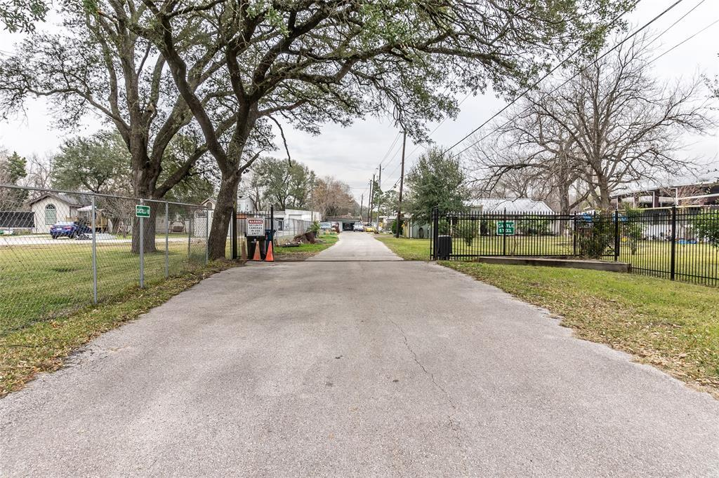 Off Market | 910 Connorvale Road Houston, Texas 77039 5