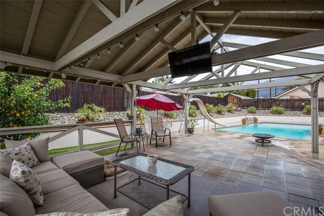 Closed | 6330 Buckthorn Avenue Alta Loma, CA 91701 18
