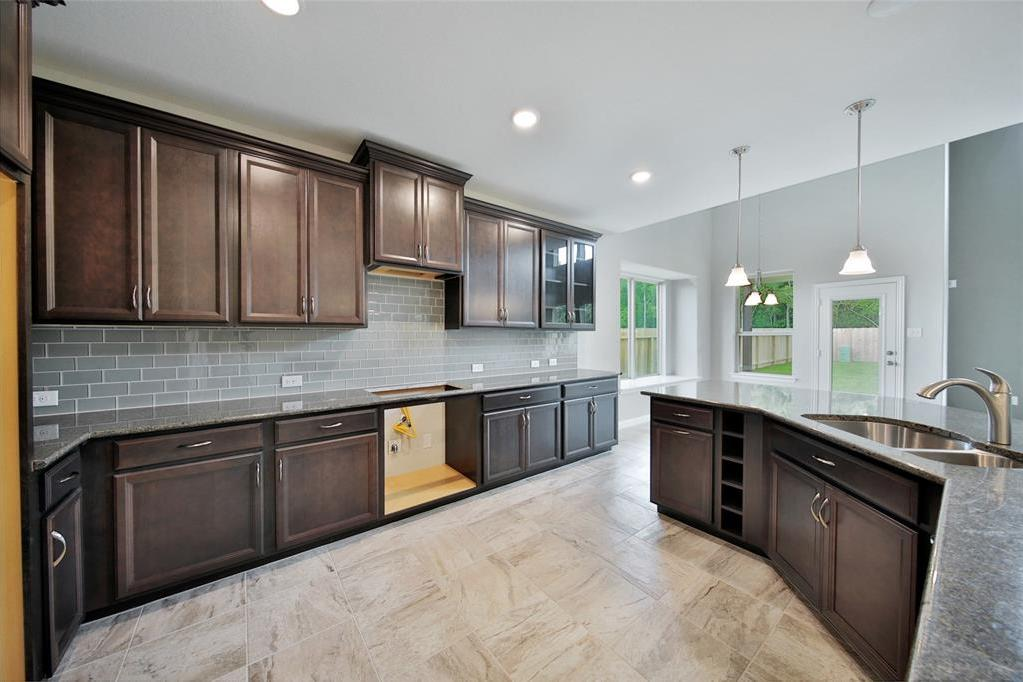 Off Market | 6911 Northchester Drive Katy, TX 77493 5