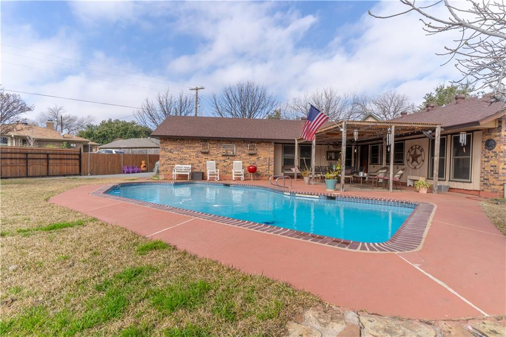 Sold Property | 3826 Eugene Court Irving, Texas 75062 5