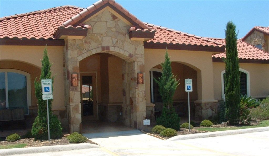 Active | 21122 Highland Lake Drive #2 Lago Vista, TX 78645 30