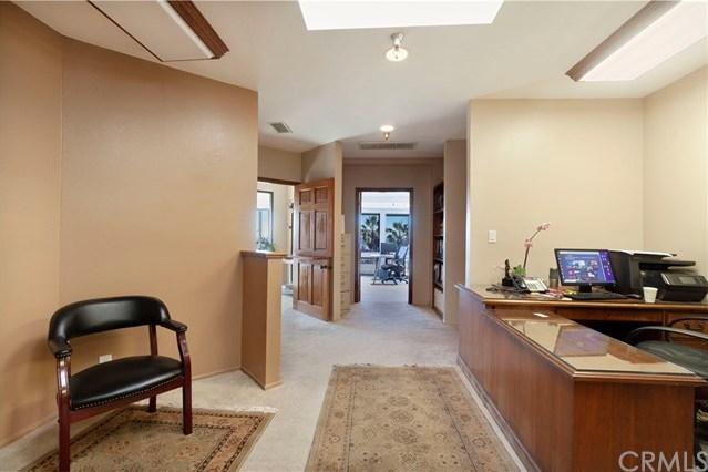 Active Under Contract | 317 Rosecrans Avenue Manhattan Beach, CA 90266 6