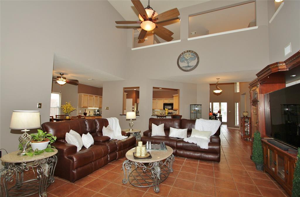 Off Market | 18514 Falcon Crest Drive Humble, Texas 77346 15