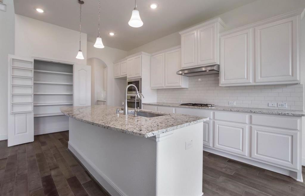 Pending | 10319 Mayberry Heights Drive Cypress, TX 77433 10