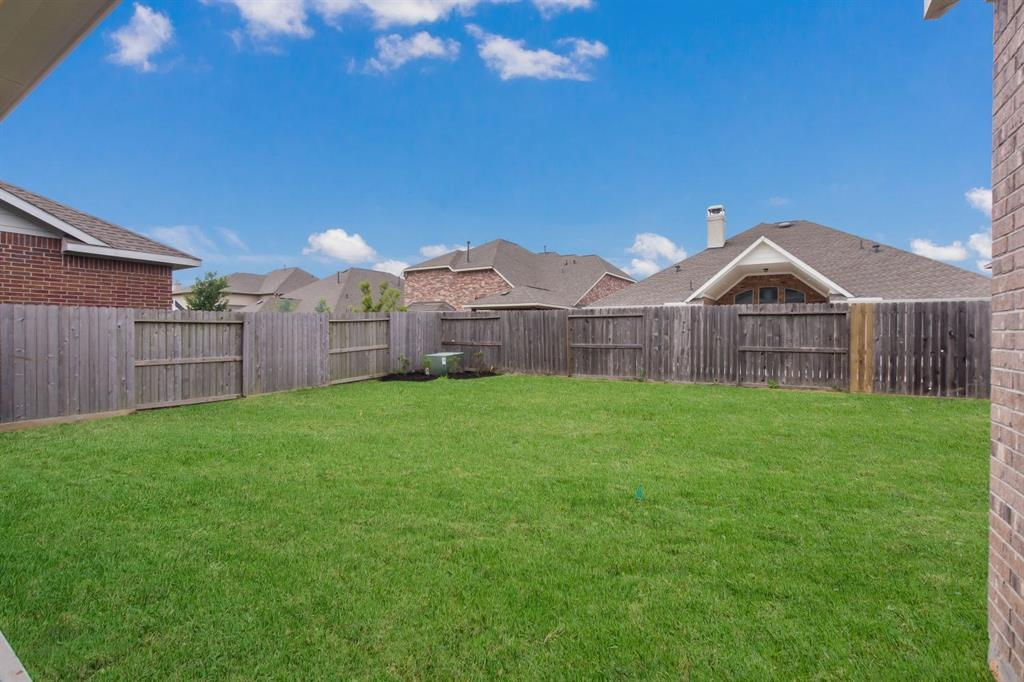 Pending | 10319 Mayberry Heights Drive Cypress, TX 77433 25