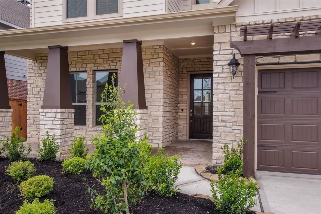 Pending | 10319 Mayberry Heights Drive Cypress, TX 77433 4