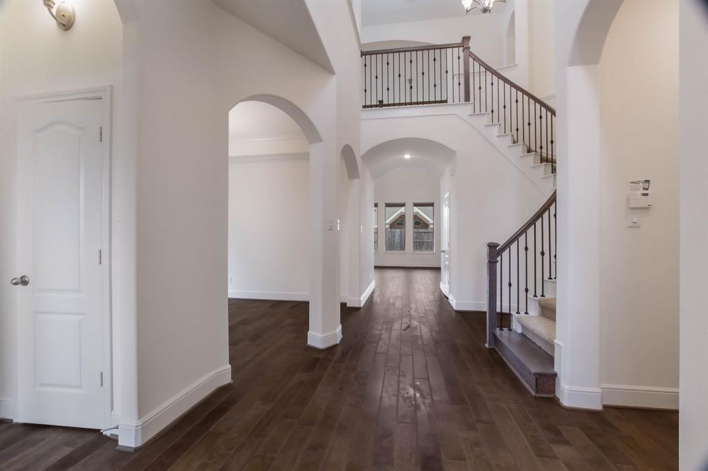 Pending | 10319 Mayberry Heights Drive Cypress, TX 77433 5