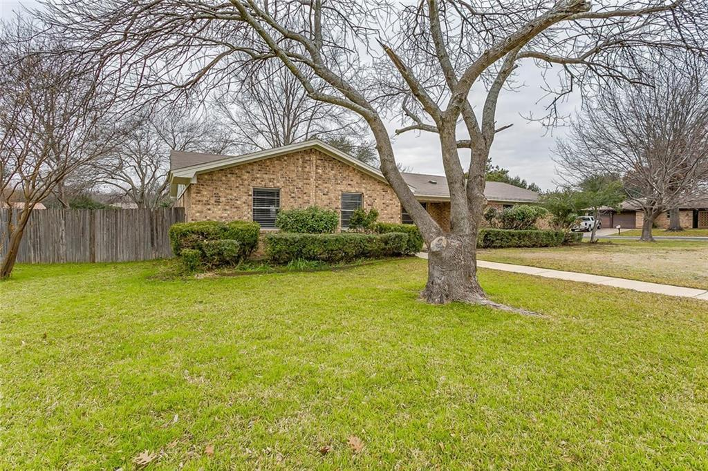 Sold Property | 7025 Stoneridge Drive North Richland Hills, Texas 76182 32
