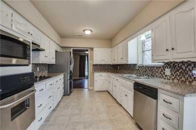 Sold Property | 2201 Bishop Street 8