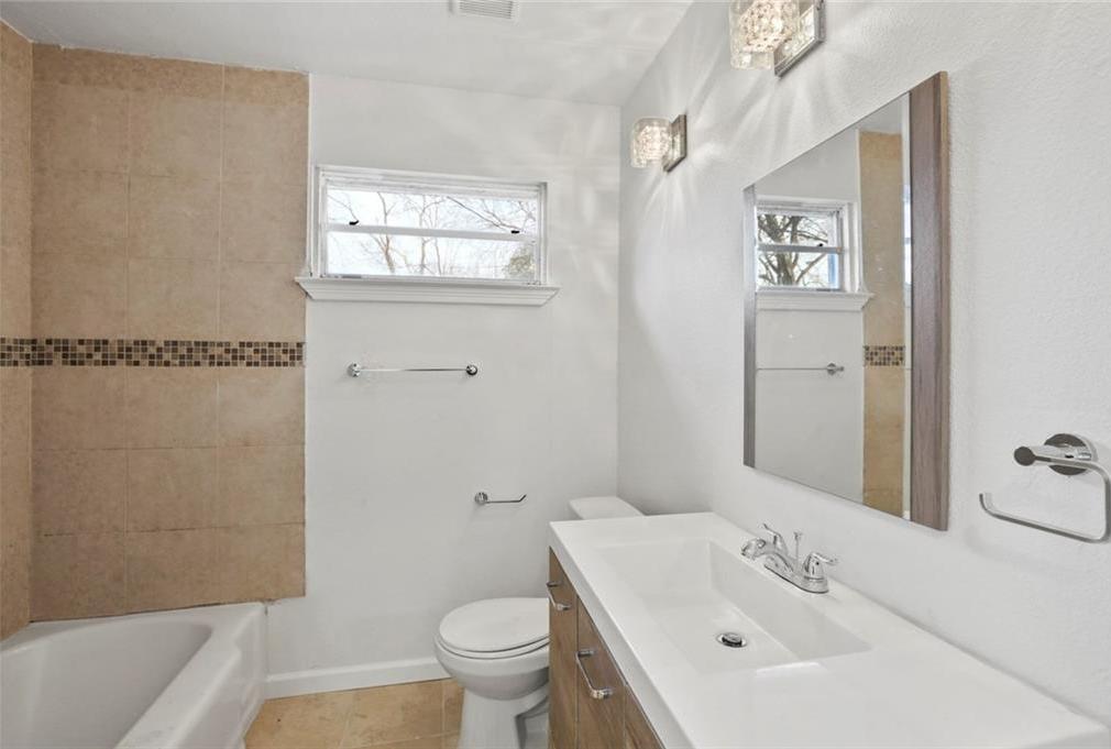 Sold Property | 3220 Hillglenn Road Dallas, Texas 75228 12
