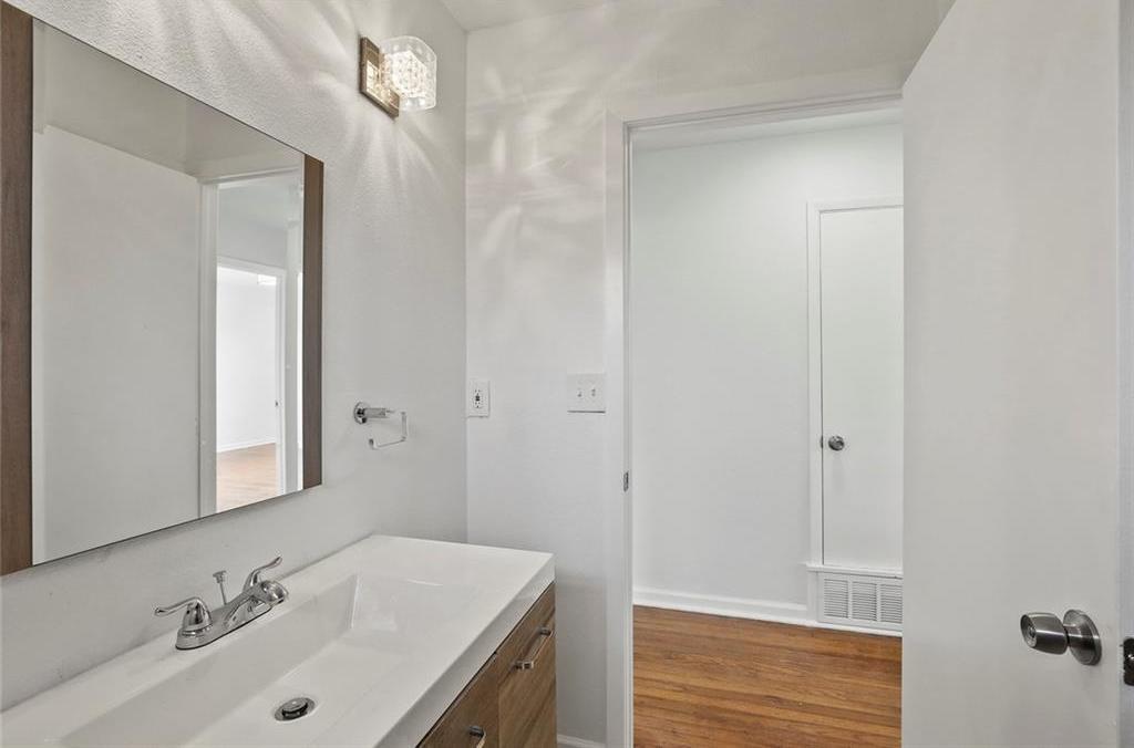 Sold Property | 3220 Hillglenn Road Dallas, Texas 75228 13