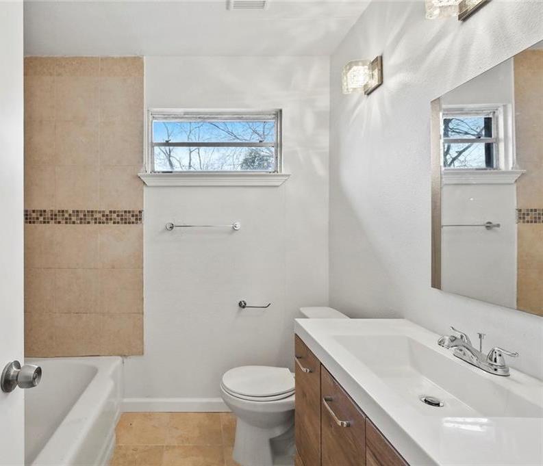Sold Property | 3220 Hillglenn Road Dallas, Texas 75228 14