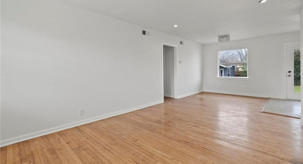 Sold Property | 3220 Hillglenn Road Dallas, Texas 75228 27