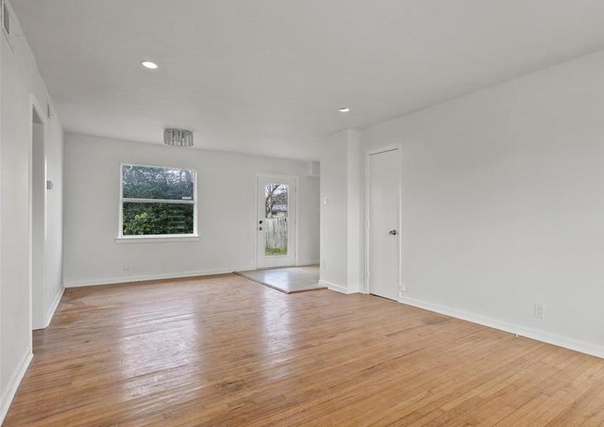 Sold Property | 3220 Hillglenn Road Dallas, Texas 75228 28