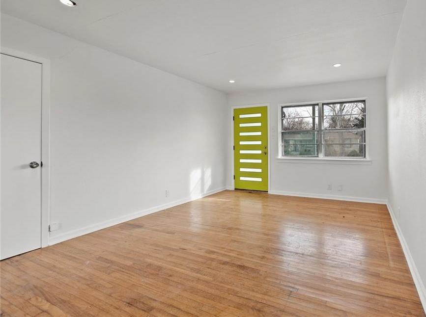 Sold Property | 3220 Hillglenn Road Dallas, Texas 75228 30