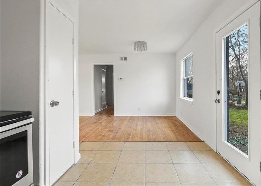 Sold Property | 3220 Hillglenn Road Dallas, Texas 75228 32
