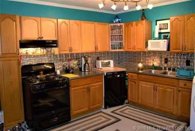 Studio Home for Sale   108 S Pittsburg Avenue Tulsa, Oklahoma 74112 4