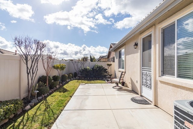 Closed | 314 Shining Rock  Beaumont, CA 92223 40