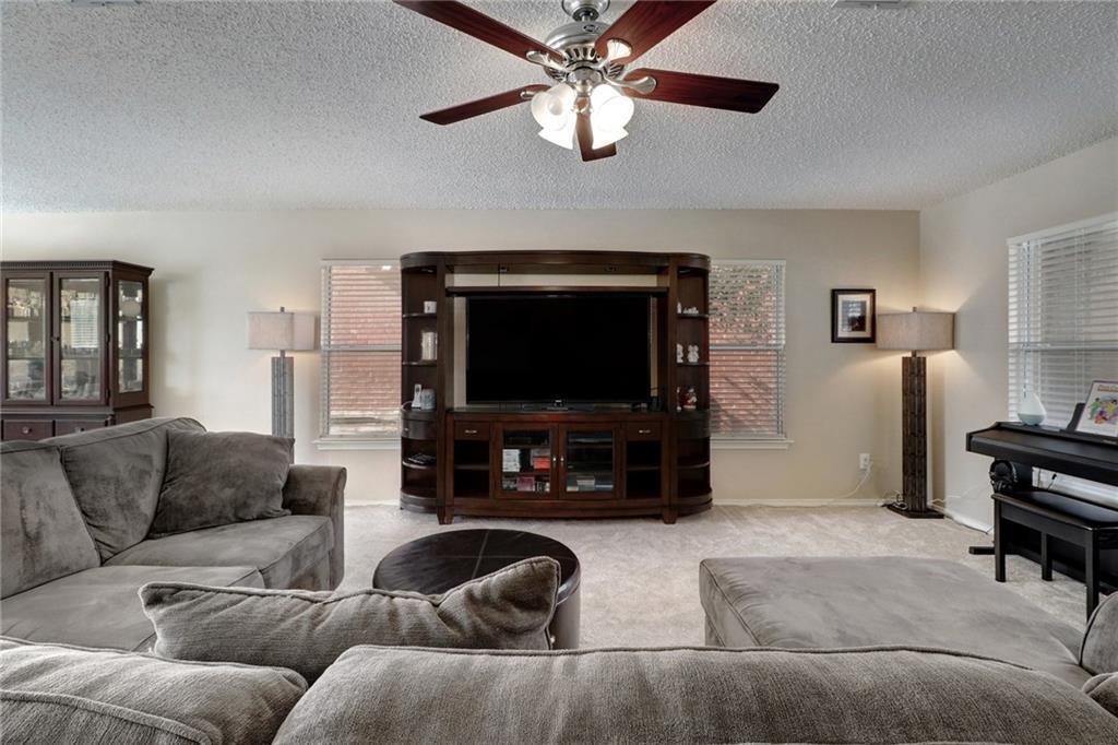 Sold Property | 1906 Carriage Club Drive Cedar Park, TX 78613 8