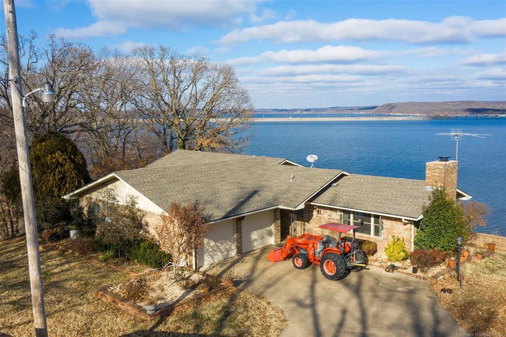 Lake homes on lake Hudson | 329 Big Bluff Road Pryor, Oklahoma 74361 3