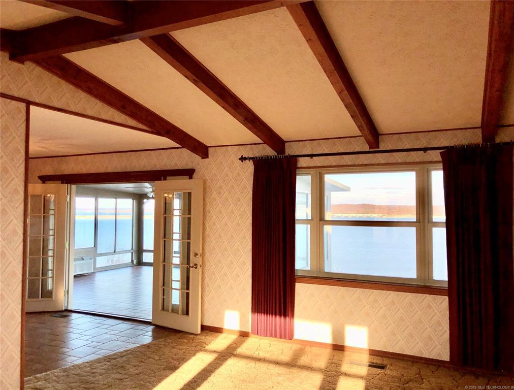 Lake homes on lake Hudson | 329 Big Bluff Road Pryor, Oklahoma 74361 13