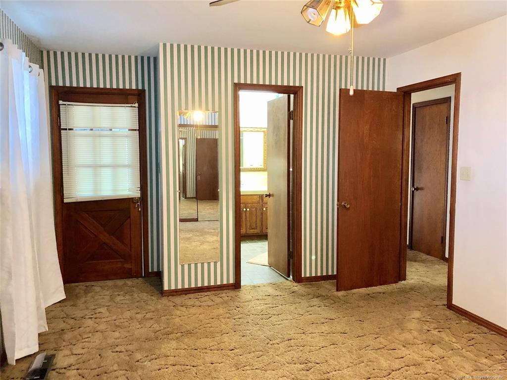 Lake homes on lake Hudson | 329 Big Bluff Road Pryor, Oklahoma 74361 15