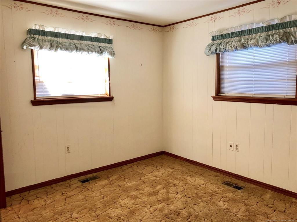 Lake homes on lake Hudson | 329 Big Bluff Road Pryor, Oklahoma 74361 21