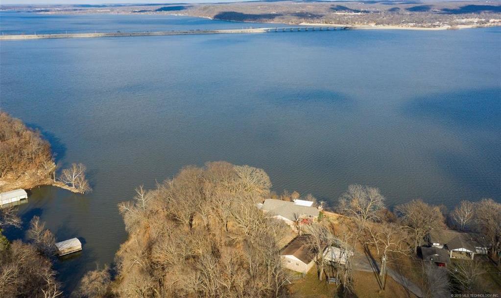 Lake homes on lake Hudson | 329 Big Bluff Road Pryor, Oklahoma 74361 32