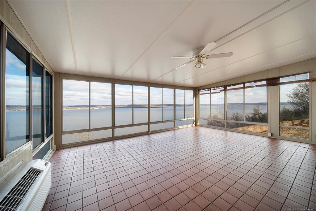 Lake homes on lake Hudson | 329 Big Bluff Road Pryor, Oklahoma 74361 7