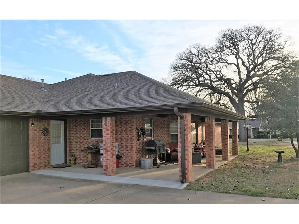 Sold Property | 706 S Washington Street Pilot Point, Texas 76258 3