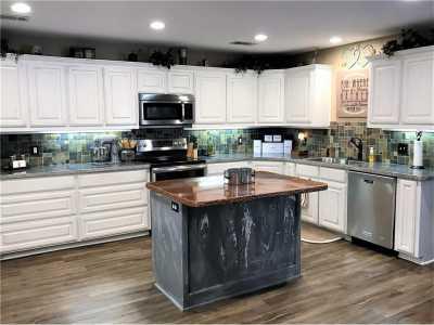 Sold Property | 706 S Washington Street Pilot Point, Texas 76258 6