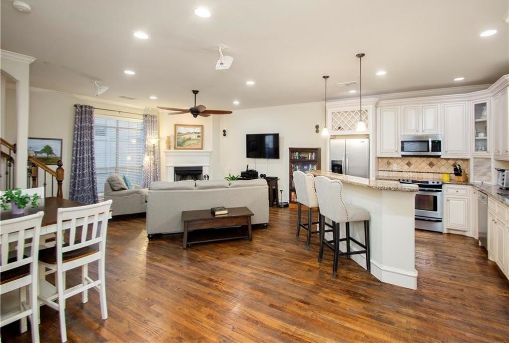Sold Property | 1910 Hope Street #16 Dallas, Texas 75206 2