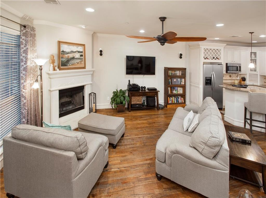 Sold Property | 1910 Hope Street #16 Dallas, Texas 75206 4