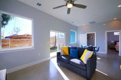 Sold Property | 7403 Bethune ave #B Austin, TX 78752 14