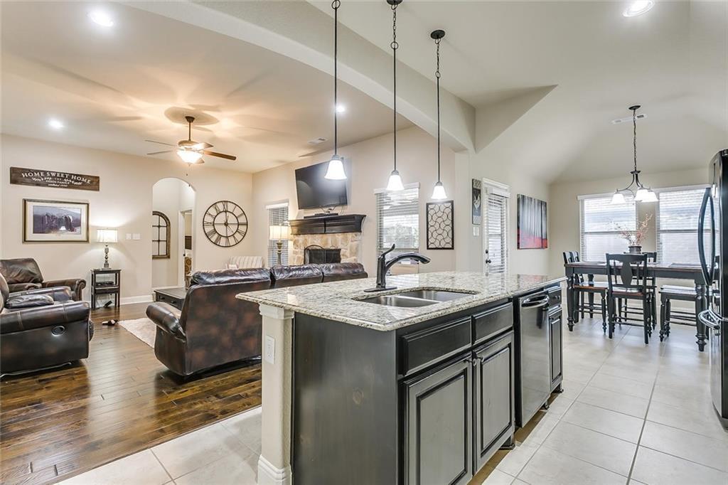 Sold Property   329 Canadian Lane Burleson, Texas 76028 14