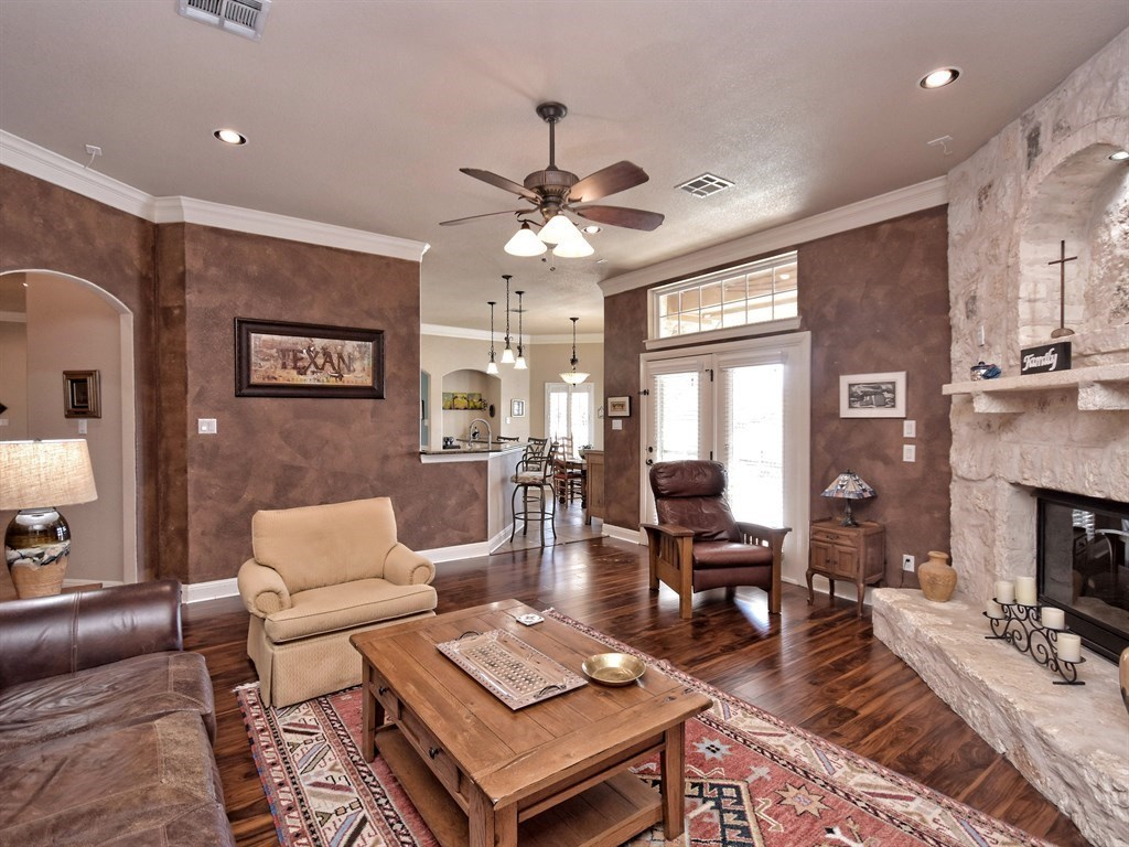 Sold Property   290 Courtnees WAY Georgetown, TX 78626 10