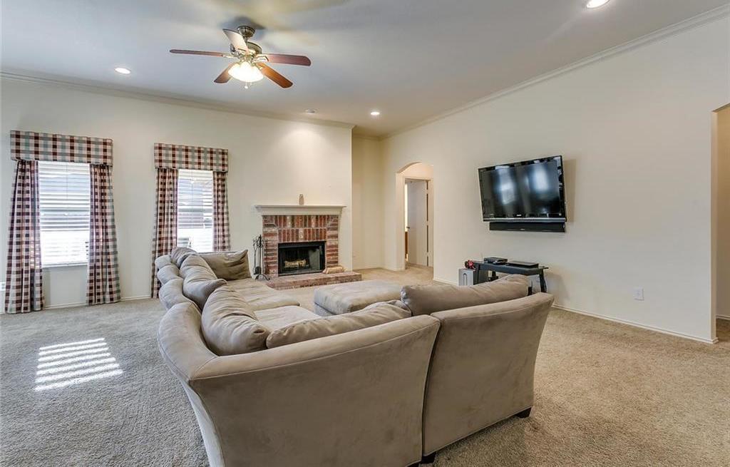 Sold Property | 948 Crowder Drive Crowley, Texas 76036 9