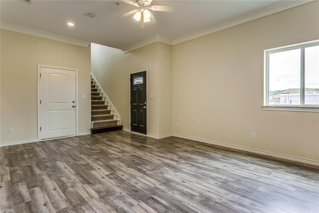 Active | 1201 Summerset Lane Burleson, TX 76028 7