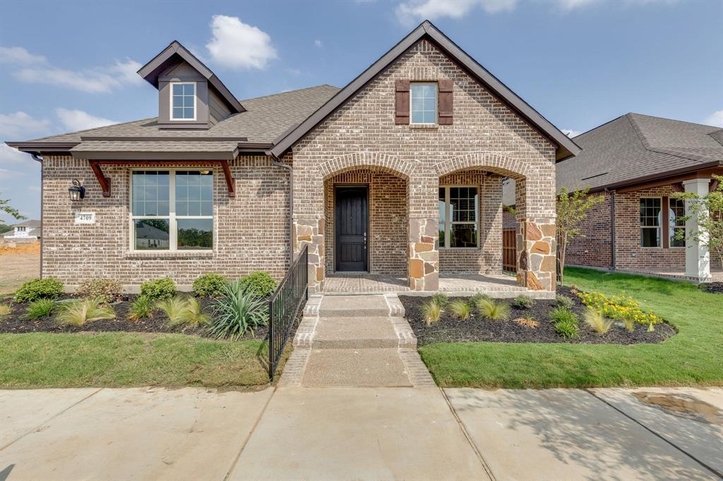 Active | 4709 Beaver Creek Drive Arlington, TX 76005 0