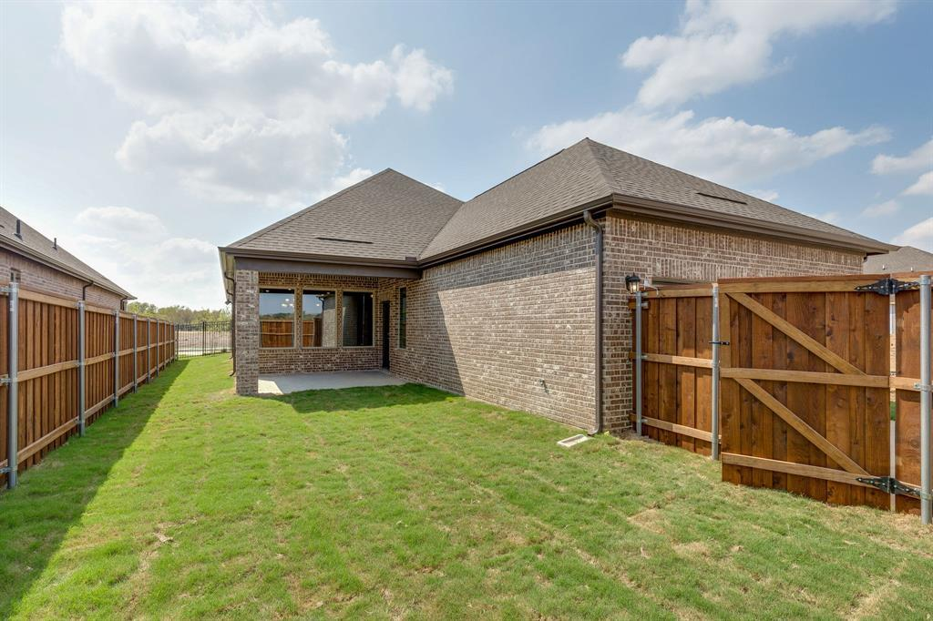 Active | 4709 Beaver Creek Drive Arlington, TX 76005 12