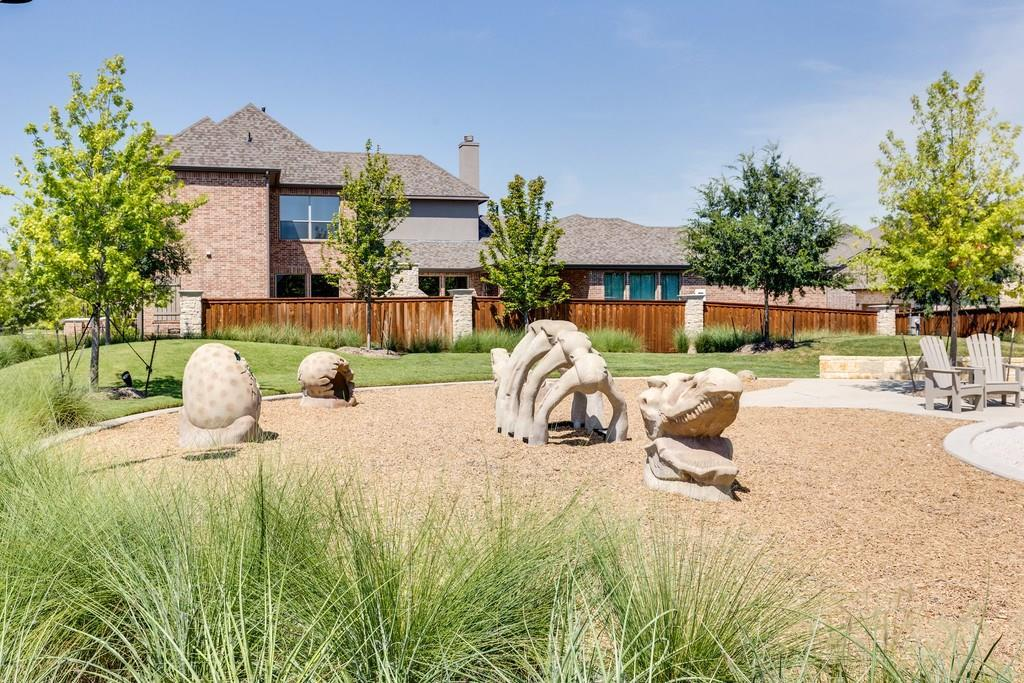 Active | 4709 Beaver Creek Drive Arlington, TX 76005 26