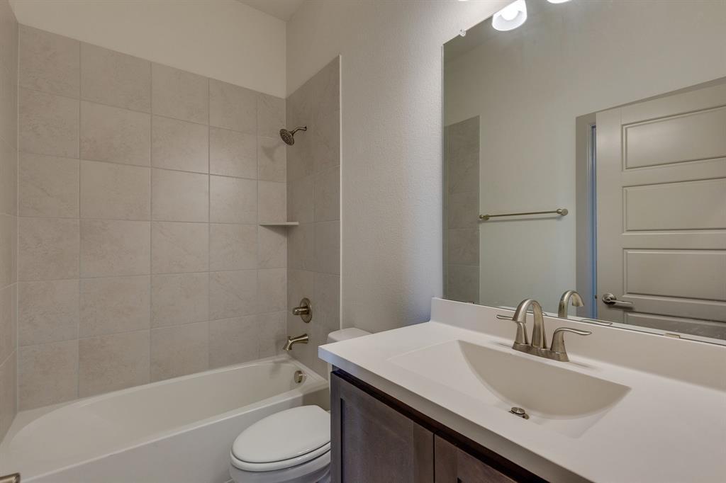 Sold Property | 4822 Blackwood Cross Lane Arlington, TX 76005 12
