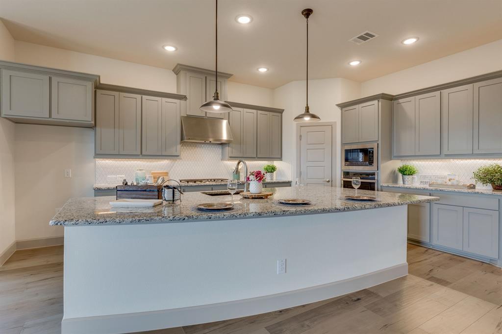 Sold Property | 4822 Blackwood Cross Lane Arlington, TX 76005 2