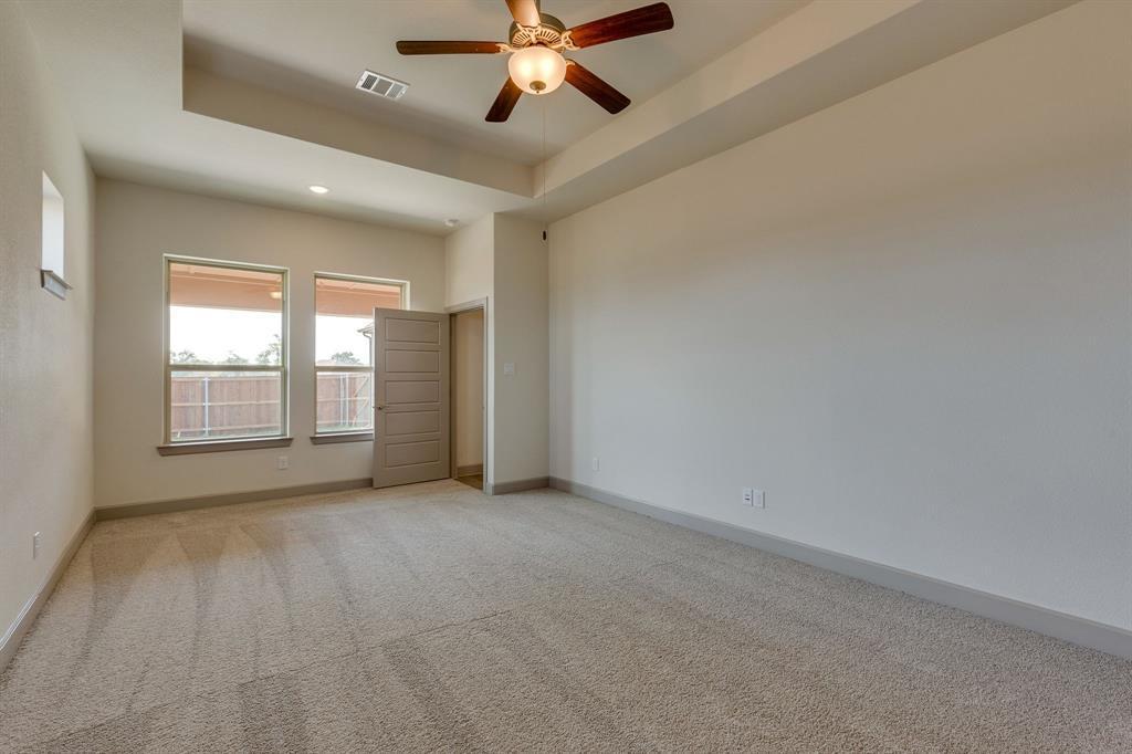 Sold Property | 4822 Blackwood Cross Lane Arlington, TX 76005 8