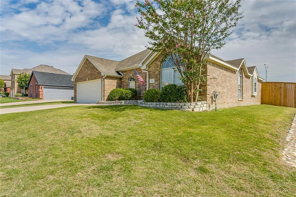 Sold Property | 7557 Sweet Meadows Drive Fort Worth, Texas 76123 2