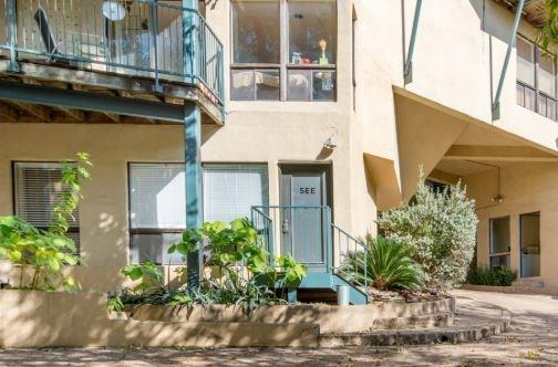 Sold Property | 1106 W 6th Street #105 Austin, TX 78703 10