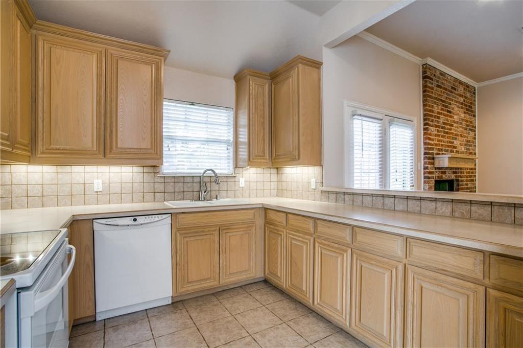 Sold Property   508 Chateau Trail Arlington, Texas 76012 10