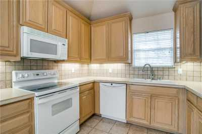 Sold Property | 508 Chateau Trail Arlington, Texas 76012 11