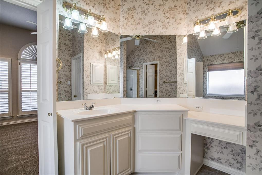 Sold Property   508 Chateau Trail Arlington, Texas 76012 17