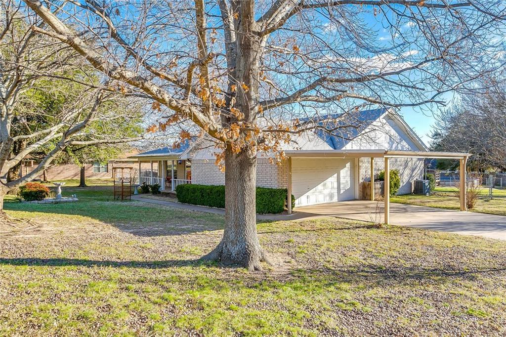Sold Property | 1606 E Bankhead Drive Weatherford, TX 76086 2